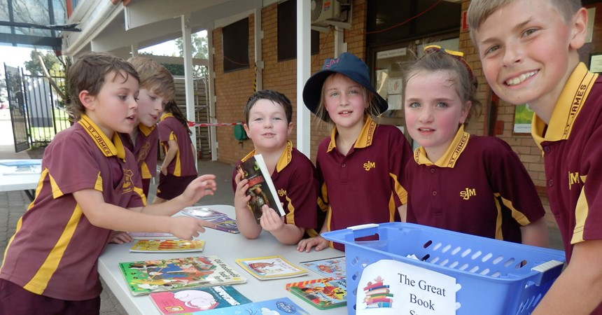 Indigenous Literacy Day-St James' Primary School Muswellbrook IMAGE