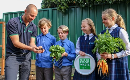 Image:St Therese's New Lambton goes to war against food waste