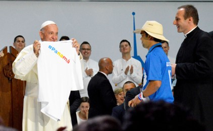Pope Francis flies into Panama for World Youth Day 2019 IMAGE