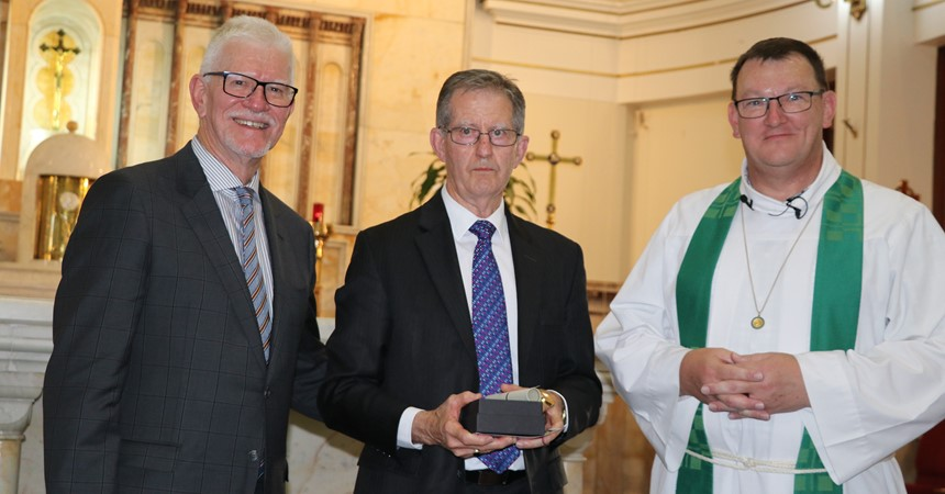 Larry Keating awarded Emmaus Award for Leadership IMAGE