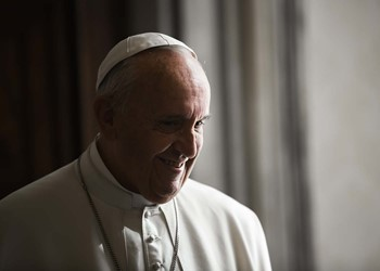 Pope Francis tells young people: Keep shouting, don't become anesthetised IMAGE