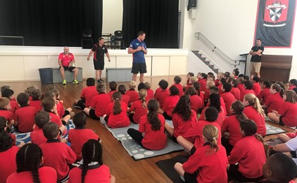 Image:Newcastle Knights players adopt schools across the Diocese
