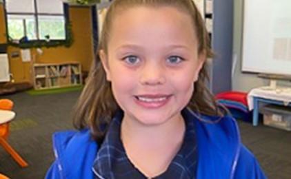Image:Hair-raising, heart-warming donation