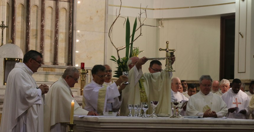 Celebrating faith at Chrism Mass IMAGE