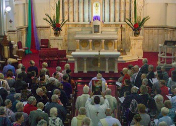 LITURGY MATTERS: Reflecting on the Gathering Song at Mass IMAGE