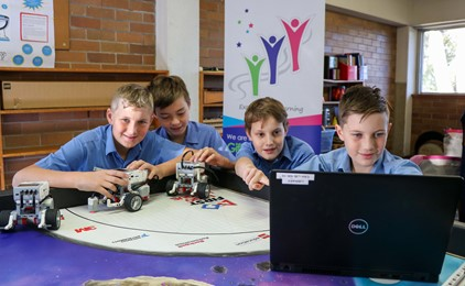 Image:Robots win at St Kevin's Cardiff
