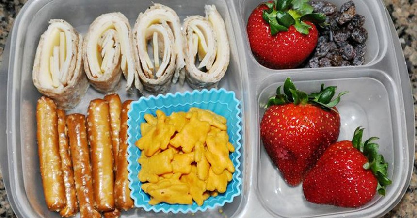 Zero waste lunch boxes IMAGE