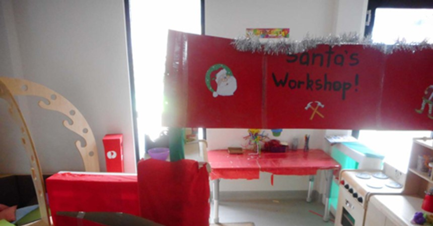 Children in Moane Room begin Christmas celebrations IMAGE