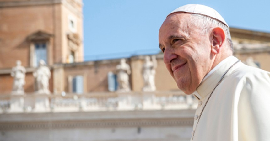 Pope Francis condemns prostitution as the torture of defenceless women IMAGE