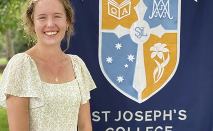 Image:Catholic schools in the Maitland-Newcastle Diocese celebrating HSC success