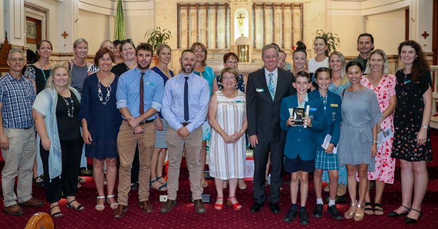 St Aloysius Chisholm receive Emmaus Award for School Community IMAGE