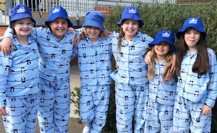 Image:Holy Cross beds down Vinnies Winter Appeal fundraiser