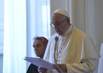 Pope: 'Catholic education gives soul to world' IMAGE